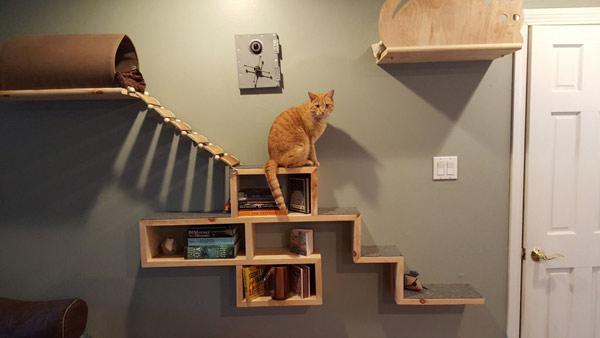 книжная полка-домик для кошки